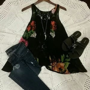 i Jeans by Buffalo dark floral blouse with lace.